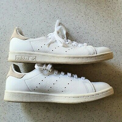 AU30 • Buy Adidas Stan Smith. Size US9, UK7.5