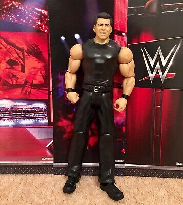 WWE MATTEL BASIC ACTION PLAY FIGURE VINCE MCMAHON SERIES 40 Toy PLAY Wrestling • 9.99£