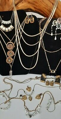 $ CDN14.95 • Buy Vintage Jewelry Lot Unsearched Untested Estate Find,beautiful Necklaces & More!