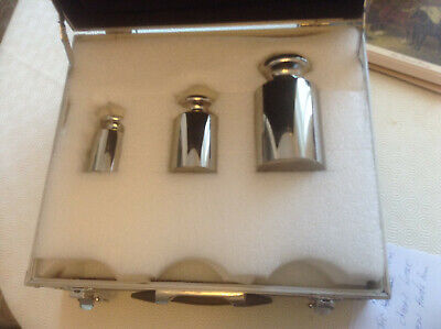£400 • Buy Set Of Calibration Weights And Travel Case