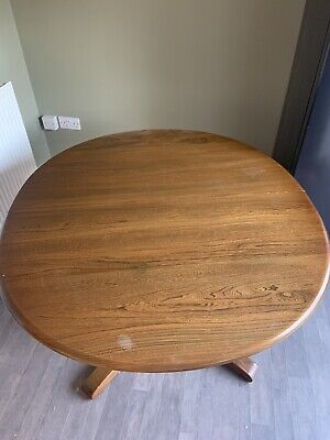 Ercol Golden Dawn Extendable Dining Table • 175£