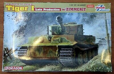 1/35 Dragon Tiger 1 With Zimmerit • 31£