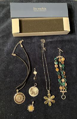 $ CDN20.05 • Buy Lia Sophia Jewelry Lot Necklaces Bracelet Pendant All Marked One Box