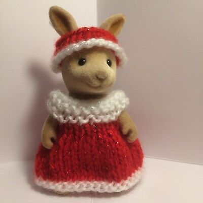 Sylvanian Families ~ Knitted Christmas Red/White Dress With Hat/Band Adult • 2.59£