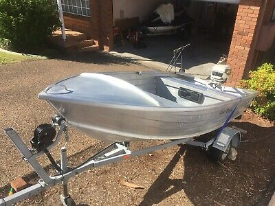 AU2685 • Buy Quintrex Dart 310 Boat, Trailer, Outboard With Spare Outboard Parts.