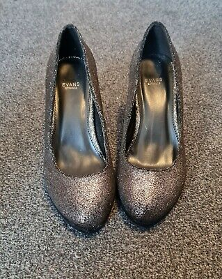 Evans Extra Wide Glitter Shoes Size 6 Eee • 5£