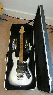 Sovereign SV1 Special -Strat Alternative. Excellent Condition Floyd Rose Tremelo • 350£