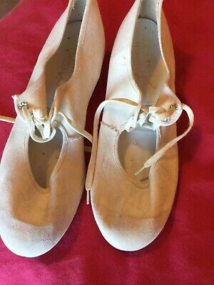 Child's Tap Or Dance Shoes.  White From Tappers And Pointers Dancewear Size UK 4 • 2£