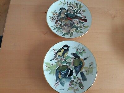 Ursula Band Collectors Bird Plates. Finches • 5£