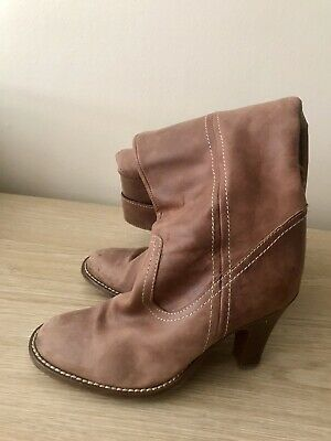 Womens Tan Leather Boots Size 3 • 5.99£