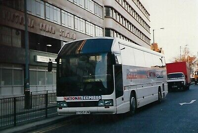 Bus Photo: D735PJW National Express. 1987 Hestair Duple 425 Integral C46Ft • 1.50£