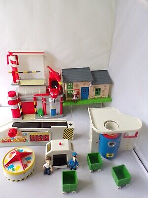 Postman Pat Sorting  Office +  Post Office + Figures Helicopter Collection  • 14.99£