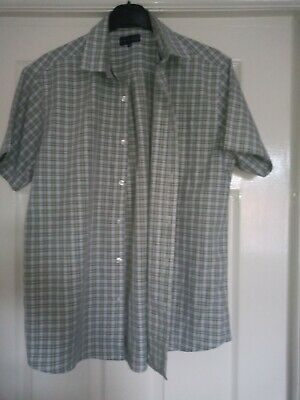Man's Short Sleeved Shirt By Lincoln • 2£