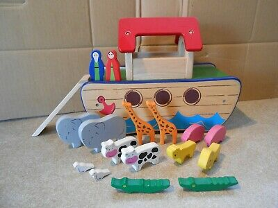 Wooden Noahs Ark Toy - PinToy - With Animals And Mr & Mrs Noah   • 9.99£
