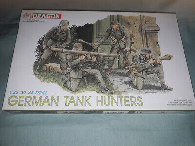 DRAGON 1/35 Panzerjagers 1944 - 1945 German Tank Hunters • 16.99£