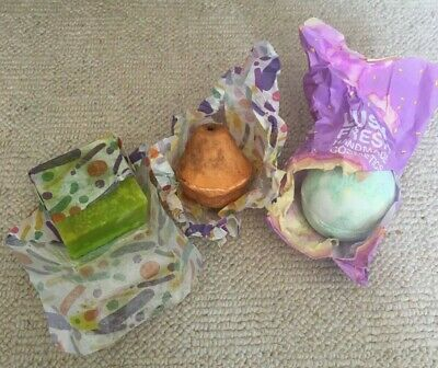 3 X Lush Mixed Items Bath Bombs Soaps Old Stock New • 19.99£