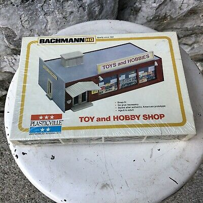 $ CDN25.25 • Buy Bachmann Plasticville HO Scale #2904 Toy And Hobby Shop Building Kit Train Set