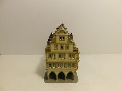 $ CDN12 • Buy HO Scale Train Pre-Built 4 Story House Building With Extra Figures