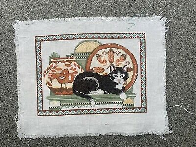 COMPLETED FINISHED CROSS STITCH PIECE - Cat • 10£