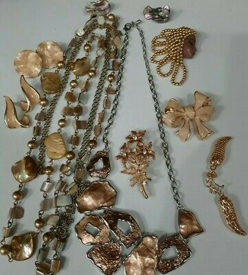 $ CDN15 • Buy 🥰❤Vintage Jewelry Lot Brooch Necklaces  Rich Goldentoned Tone Beautiful!!🥰❤+