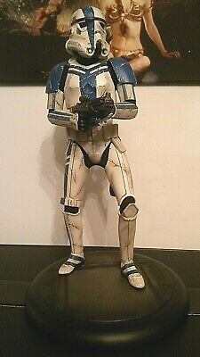 Star Wars Stormtrooper Commander Sideshow Collectibles Premium Format Figure  • 325£