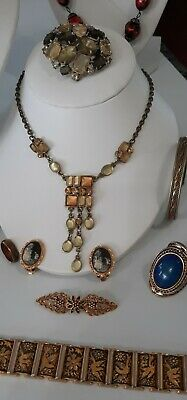 $ CDN19.95 • Buy 💥💋.Vintage Jewlery Lot, Earrings, Brooches Mood Rings,Necklaces,Beads,More!👄.