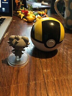 Pokemon Clip And Carry -  Espurr With Stand And Ultra Ball - Tomy  • 20£