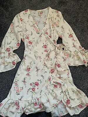 H And M Floral Summer Wrap Dress Size 10 • 3£