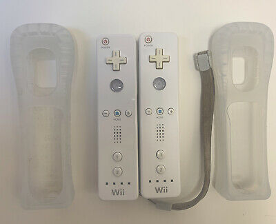 $ CDN37.86 • Buy Lot Of 2 Nintendo Wii Remote White Controllers Official Tested Working RVL-003