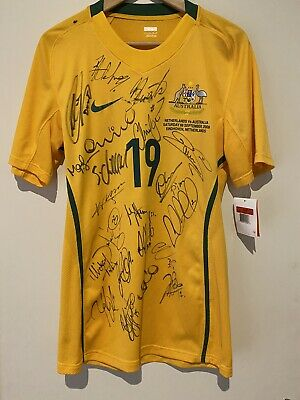 AU290 • Buy Socceroos Signed Jersey 2008 Team Issue Jersey