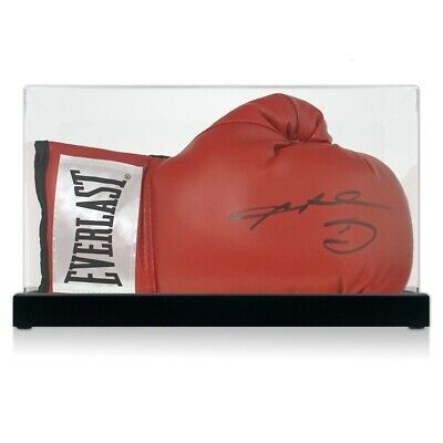 AU534 • Buy Sugar Ray Leonard Signed Red Boxing Glove. In Display Case