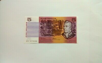 AU40 • Buy 1985 Australian $5 Banknote Johnston/Fraser, UNC Condition Prefix QDL