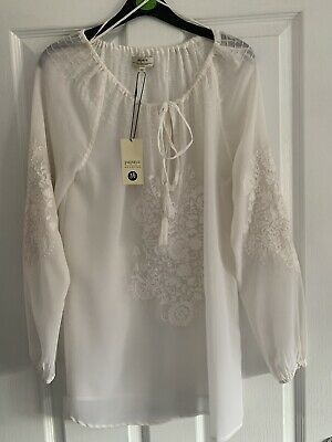 Ladies Matalan White Embroidered Boho Gypsy Blouse Size 10. Brand New With Tags. • 0.99£