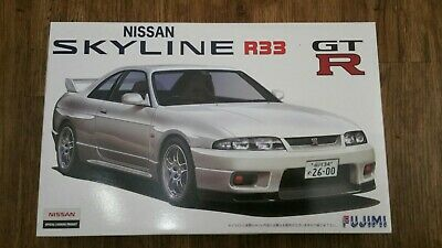 Fujimi - Nissan Skyline GT-R R33 `95 - 1/24 Scale JDM Car Model Kits Street Race • 28.99£