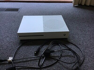 AU325 • Buy Xbox One S Console 1tb, 2 Controllers, Headset And 5 Games