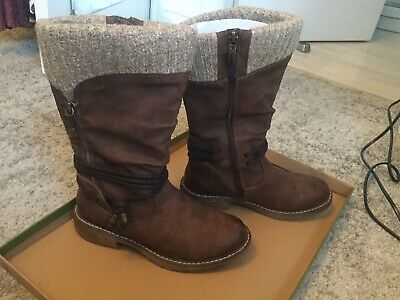 Pavers Relief Knitted Cuff Boots Size 3/36 • 7£