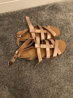 New Look Girls Rose Gold Gladiator Sandals Size 2 • 3.50£