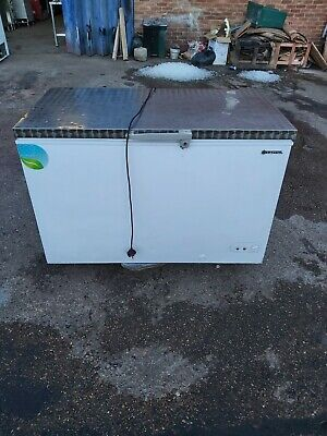 £395 • Buy CAPITAL Commercial Chest Freezer Stainless Steal Work Top White 128cm 368Liter