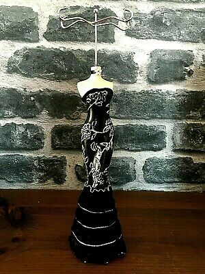 Beautiful Lady Mannequin Jewellery Stand / Tree Display Black Dress Necklace/rin • 13.99£