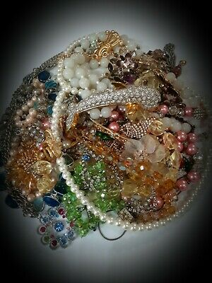 $ CDN47 • Buy HUGE Vintage Jewelry Lot Rhinestones Signed&Unsigned~Faux Pearls~Necklaces,More
