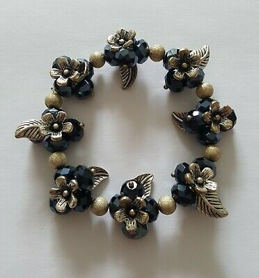 Blue / Silver Mix Bead Flower Stretch Bracelet • 1.25£