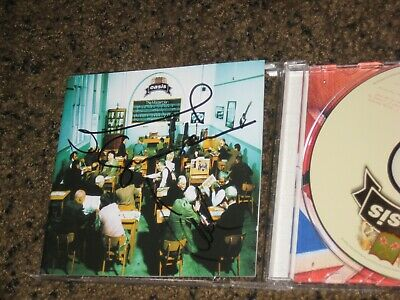 AU62.62 • Buy Rare Oasis Noel & Liam Gallagher Signed Masterplan Autographed Cd