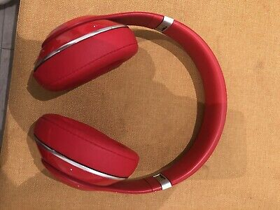 Studio Beats By Dre - Wireless - Slight Damage, Perfect Working Order With Case • 30£