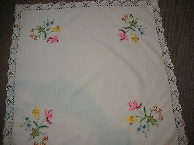 Vintage Lace Edged Embroidered Tablecloth.  37.5  X 37 . • 10£