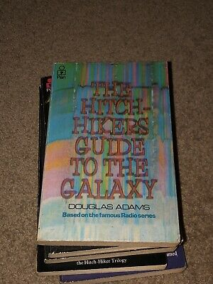 AU345 • Buy The Hitch-hikers Guide To The Galaxy Douglas Adams Signed Book Set Good To Mint