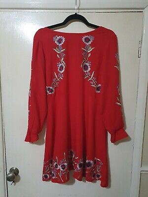 Gorgeous Red Floral New Look Dress Size 12 Petite • 2.49£