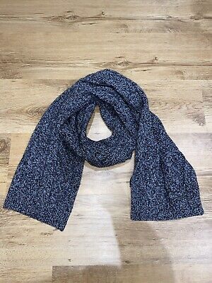 £6 • Buy Reiss Grey Maldon Cable Knit Grey Lambswool Scarf
