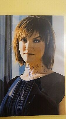 £6 • Buy Fiona Bruce Signed 6x4 Clipping, Laminated