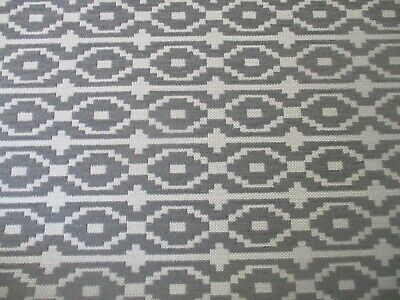 £8.95 • Buy High Quality Linen Weave Upholstery Fabric In A Grey & White Geometric Design.