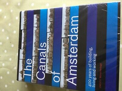 The Canals Of Amsterdam Book • 12.50£